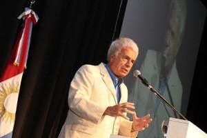 """Mientras enfoca su discurso en la unidad nacional, De la Sota cargó duro contra el """"Cristinismo"""""""