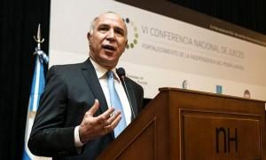 """Lorenzetti demandó """"políticas claras"""" contra el narcotráfico y la inseguridad"""
