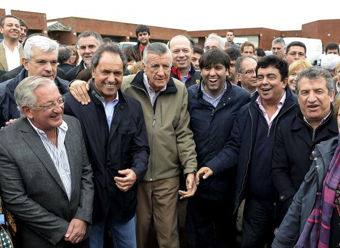 PJ Nacional y bonaerenses scioli