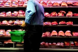 Canasta: Carne y Frutas, dos de los ítems que incidieron en el aumento del 3,02%