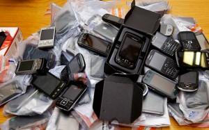 Impulsan prohibir la activación de celulares robados