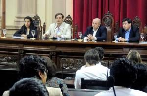 Debate Empleo y Participación: Arroyo demandó  generar alternativas laborales concretas para los jóvenes