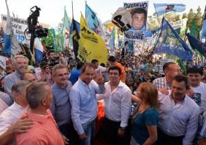 Scioli, Urribarri y Rossi homenajearon juntos a Néstor Kirchner