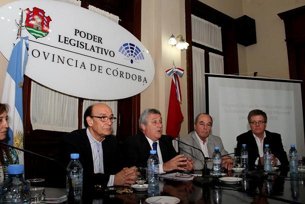 elettore Unicameral presupuesto 2015