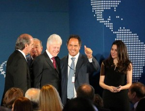 """Encuentro con Clinton. Scioli: """"Analizamos la mirada social, los desafíos a futuro"""""""