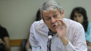 El ultraK Kunkel cuestionó a Insaurralde. El dirigente de Lomas de Zamora renunció a su banca y retorna a la intendencia