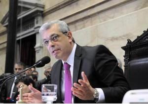 """Domínguez: """"Si ganan Massa y Macri van a liberar a todos los dictadores presos y anular los juicios"""""""