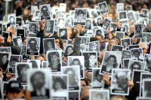 """Causa AMIA: Para Nisman, hubo """"una alianza con el Terrorismo"""". Gobierno calificó de """"disparatada"""" la decisión de indagatoria a CFK"""