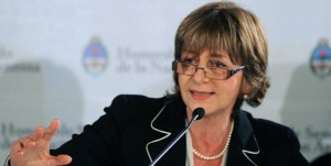 Gils Carbó comprometió apoyo al equipo de la UFI-AMIA que encabezaba Nisman