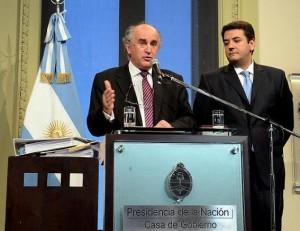 """SIDE: El Gobierno K  denunció a Stiuso por """"contrabando"""""""