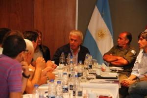 DLS e intendentes comite de crisis dos