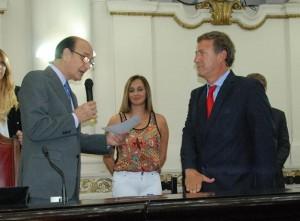 Unicameral: Basándose en la jurisprudencia parlamentaria, Oficialismo  avaló a la UCR como primera minoría