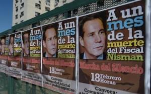 carteles marcha nisman