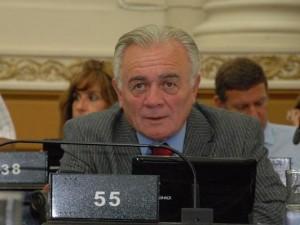 Piden la remoción del juez Bustos Fierro por considerar que protege a De la Sota