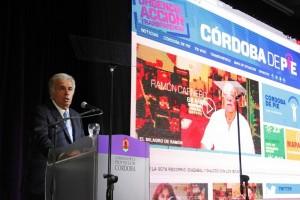 De la Sota presentó #CórdobaDePie y ya generó las primeras repercusiones en la oposición