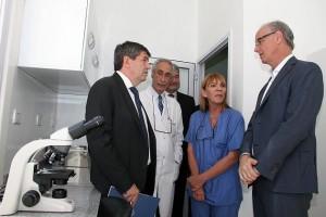 Ya funciona en el interior del país, el primer centro público de fertilización asistida