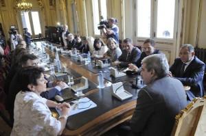 El jefe de Gabinete K analizó con legisladores cordobeses la situación por las inundaciones
