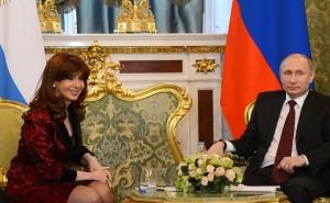 Para no estar atados al dólar, Argentina y Rusia firmaron acuerdo por intercambio comercial con moneda propia