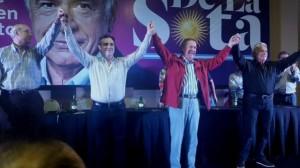 Al reafirmar su aspiración presidencial, De la Sota cuestionó a Macri y se mostró junto a Massa