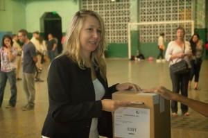Myriam Bregman candidata FIT CABA