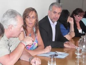 Con un pie afuera (próximo turno electoral), legisladores juecistas buscan no romper con el bloque del FC