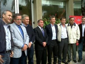 Macrismo convoca a una nueva reunión por el Frente tripartito