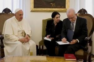 El Papa y Unicef sellaron una alianza para ampliar el acceso de adolescentes a la tecnología y deporte