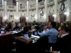 Al rechazar proyectos de la oposición, Busso rebatió planteo radical-juecista de reordenar el gasto