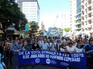 UEPC manifestación al CC 27M
