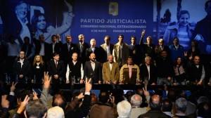 La integración de alianzas y la bajada de línea de CFK a favor de menos candidatos, fueron las claves del Congreso del PJ (comando K)