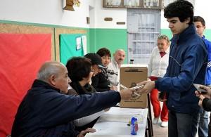Promueven una acción judicial para que voten los jóvenes cordobeses de 16 años