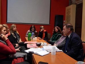Birri con los miembros de la Comisión y Archivo provincial de la Memoria