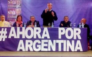 Con la premisa De la Sota Presidente, Schiaretti recorre la provincia pidiendo el voto para ganar las PASO