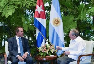 Scioli se reunió con Rául Castro en La Habana