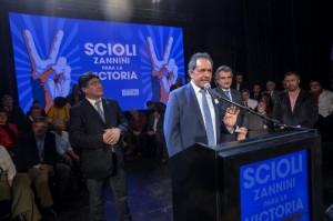 """Scioli volvió a criticar a la """"alianza reciclada"""" de Macri"""
