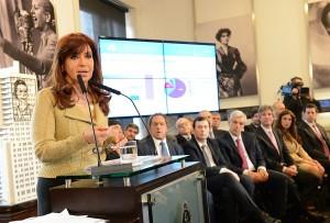 A días de las PASO, CFK anunció nuevo aumento de las jubilaciones
