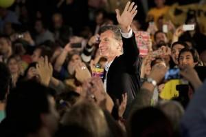 Paso: Macri instó a sus fiscales a cuidar los votos
