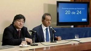 """Al descartar rótulos con posiciones ideológicas, Scioli afirmó que quiere ser un presidente que haga """"lo correcto"""""""