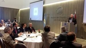 """Política Exterior: Cisneros afirmó que quien asuma, tendrá que bajarnos del """"relato"""" y hacernos volver a la realidad"""