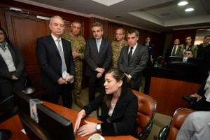 Desde el Comando General Electoral, Alak garantizó la seguridad y la transparencia de las elecciones