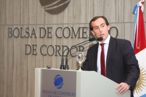 """Dependiendo de quién gane en octubre, Alconada Mon no descartó """"bombas de profundidad"""" de CFK"""