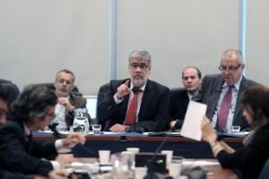 feletti comision presupuesto