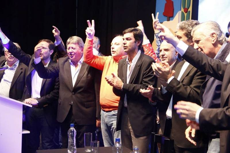 acto Luz y Fuerza apoyo a scioli PP