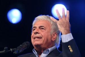 De la Sota cuestionó a De Narváez por su voto a Scioli