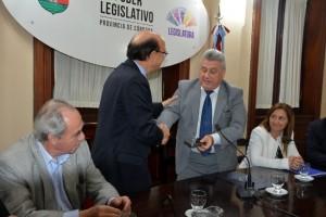 """Deuda/Nación: Elettore confía en un fallo """"favorable"""" de la Corte"""
