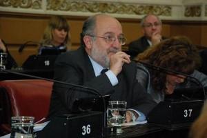 Demandan que los parlamentarios del Mercosur no cobren sueldo hasta el 2020