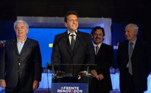 Cumbre UNA: No hubo apoyo explicito, pero quedó más que claro que el massismo profesa el cambio