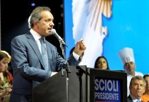 """Scioli: """"Hoy los candidatos terminamos de hablar. Que el domingo hablen las urnas"""""""