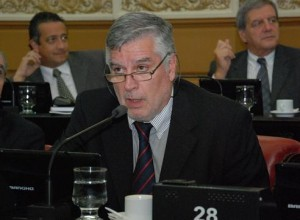 """Ante el """"impuestazo"""" en Ingresos Brutos advertido por De Loredo, Gutiérrez contragolpeó con los """"tarifazos"""" de Mestre"""