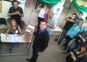"#Balotaje Los ""socios"" cordobeses de Macri votaron y viajan al búnker macrista"